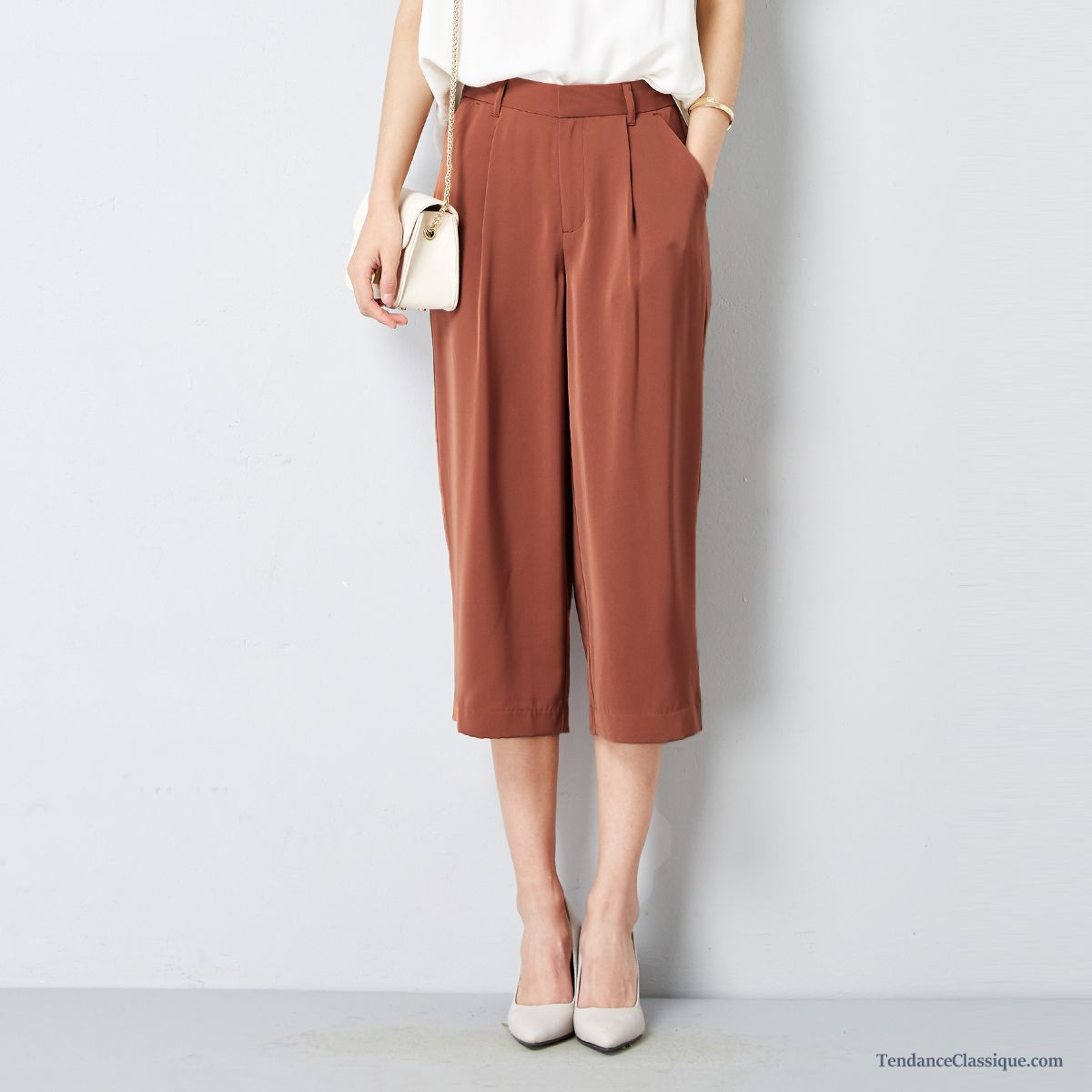Pantalon en velours femme chocolat pantalon simili cuir - Pantalon coupe droite femme pas cher ...